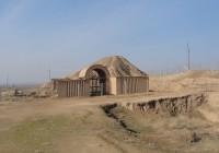 بوابة معبد عشتار، وزقورة مدينة نمرود، الموصل (العراق). مصطفى النجار ©