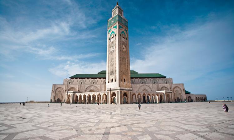 مسجد الملك الحسن الثاني في الدار البيضاء (المغرب). © Éditions Agora - Gavin Gough