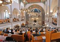 الكنيس في رايكستروشي في برلين بُعَيْدَ افتتاحه في آب/ أغسطس 2007م.  © Éditions Agora / Jose Giribas / Fotofinder.com