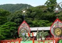 """طقوس عباديّة في مزار في """"ضريح إيزي"""" (اليابان). - N yotarou ©"""