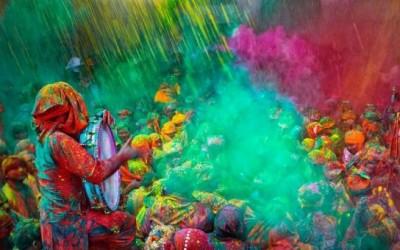 الهندوسية- مدخل إلى الأديان- مهرجان هولي©helpgoabroad.com