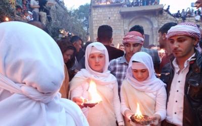فتاة إيزيدية تحتفل بعيد -سري صال تصوير امرو رشيد