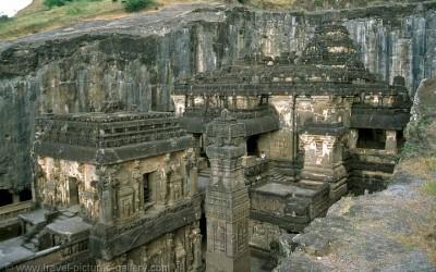 ajanta-elloraالجاينية - مدخل إلى الأديان- معبد الخالصا ©
